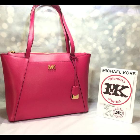 4dae5ecfc243 Michael Kors Bags | Nwt Ultra Pink Maddie | Poshmark